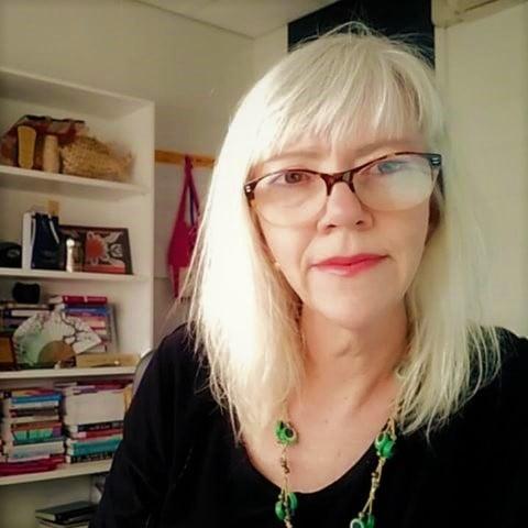Dr Helen McLaren